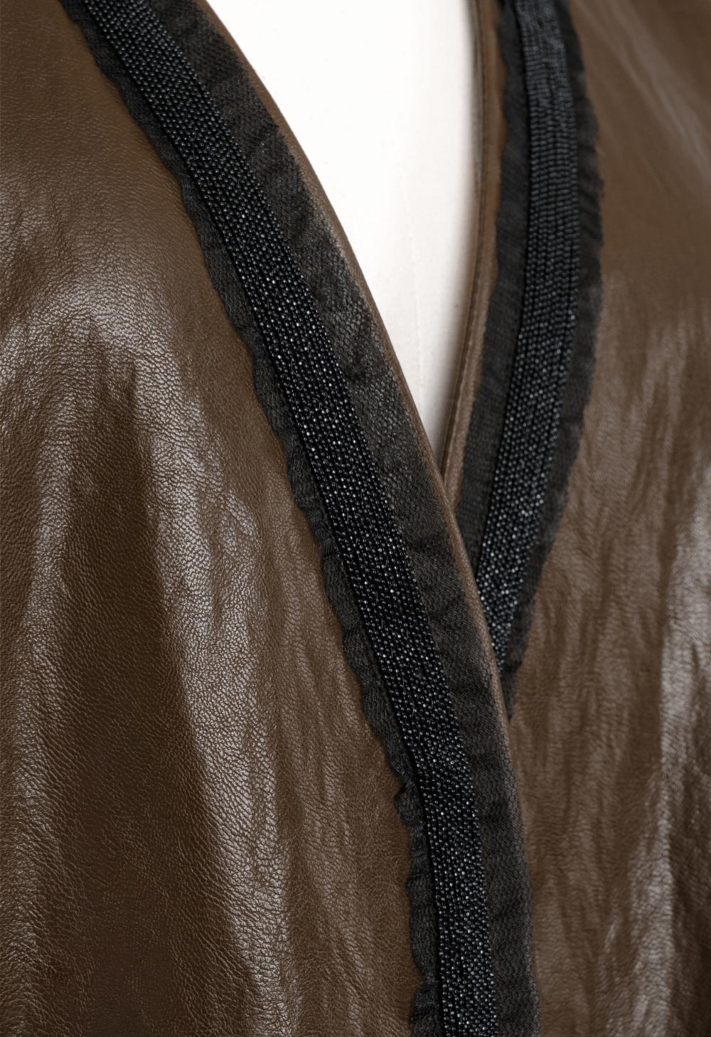 코트 모델 착용 이미지-S1L4