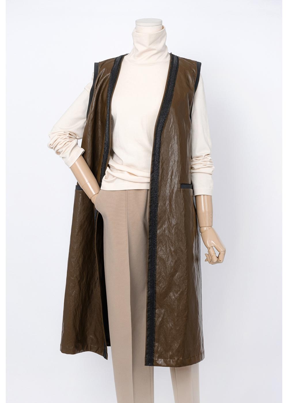 코트 모델 착용 이미지-S1L2