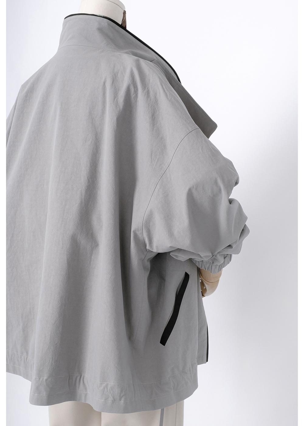 재킷 모델 착용 이미지-S1L7