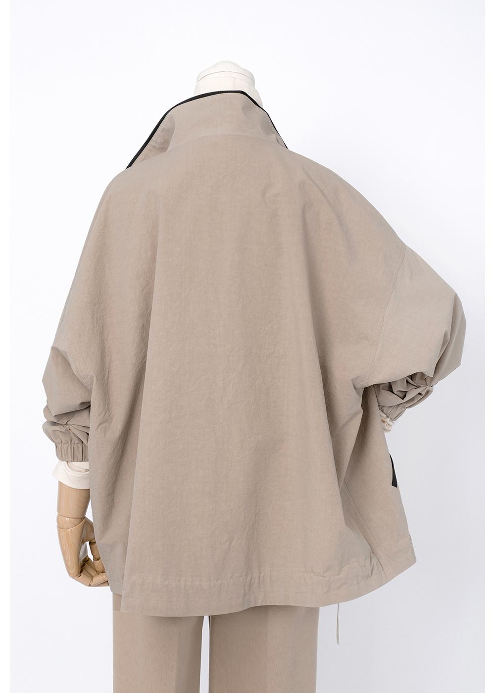 재킷 크림 색상 이미지-S1L12