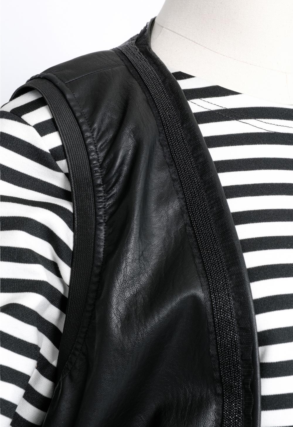 코트 모델 착용 이미지-S1L10