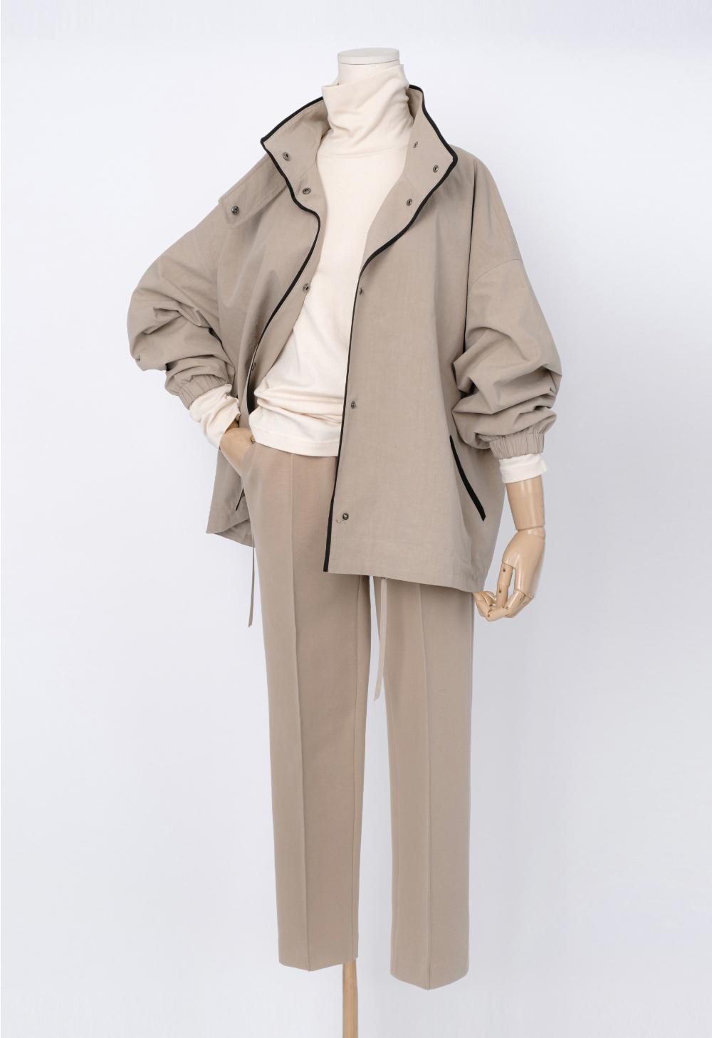 재킷 모델 착용 이미지-S1L8