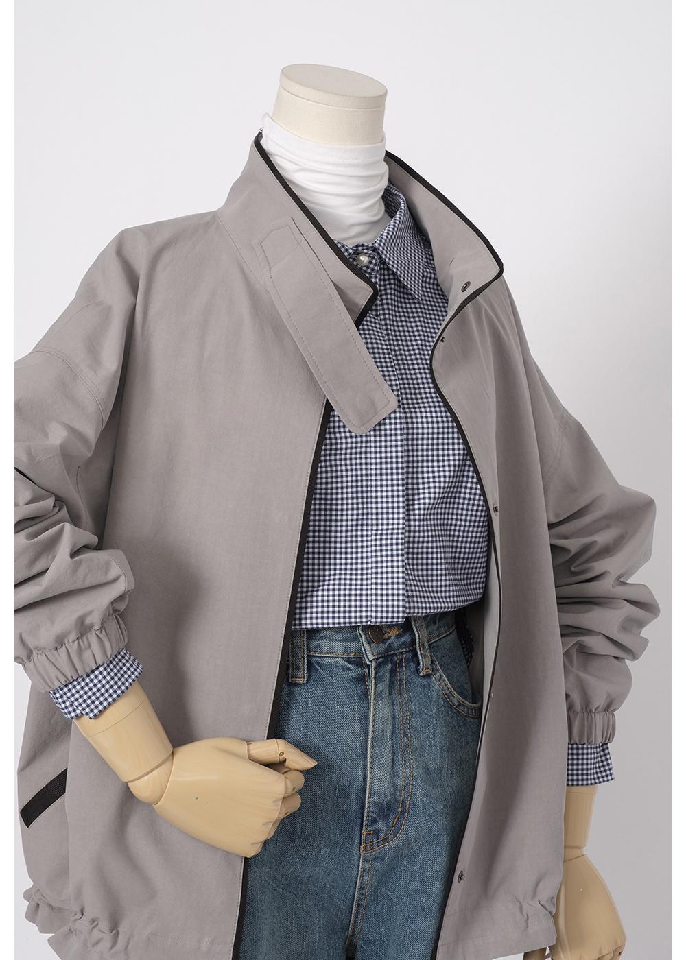 재킷 모델 착용 이미지-S1L3